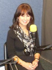 Media Psychotherapist Toni Mackenzie